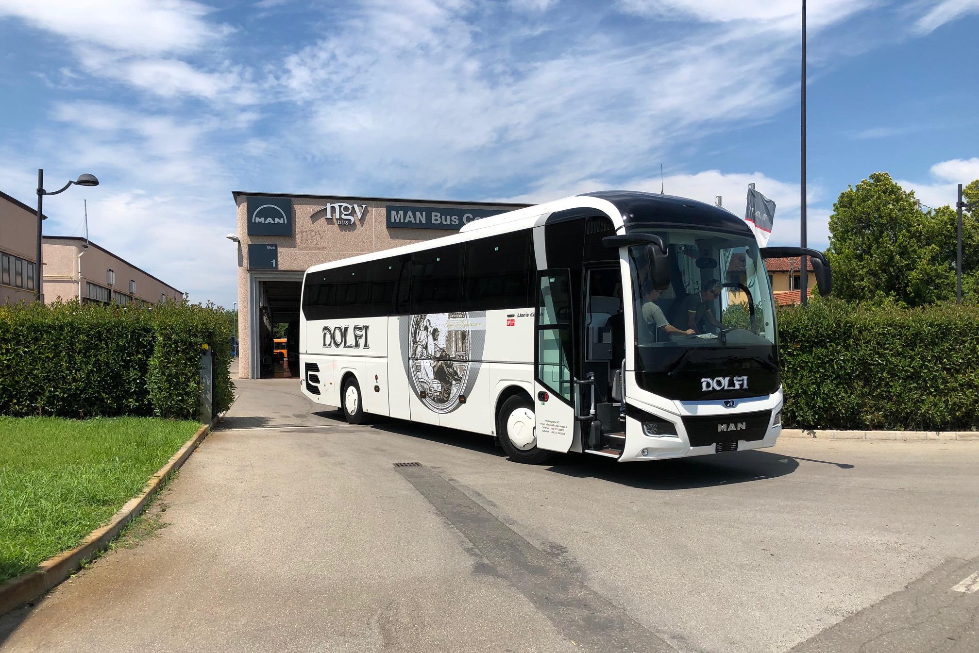 Autobus Man Lion's Coach Dolfi Autonoleggio